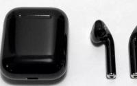 AirPods无线蓝牙耳机几乎成为iPhone用户的标配