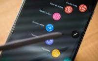 Note8和iPhone8都将作为功能齐全的手机进行销售